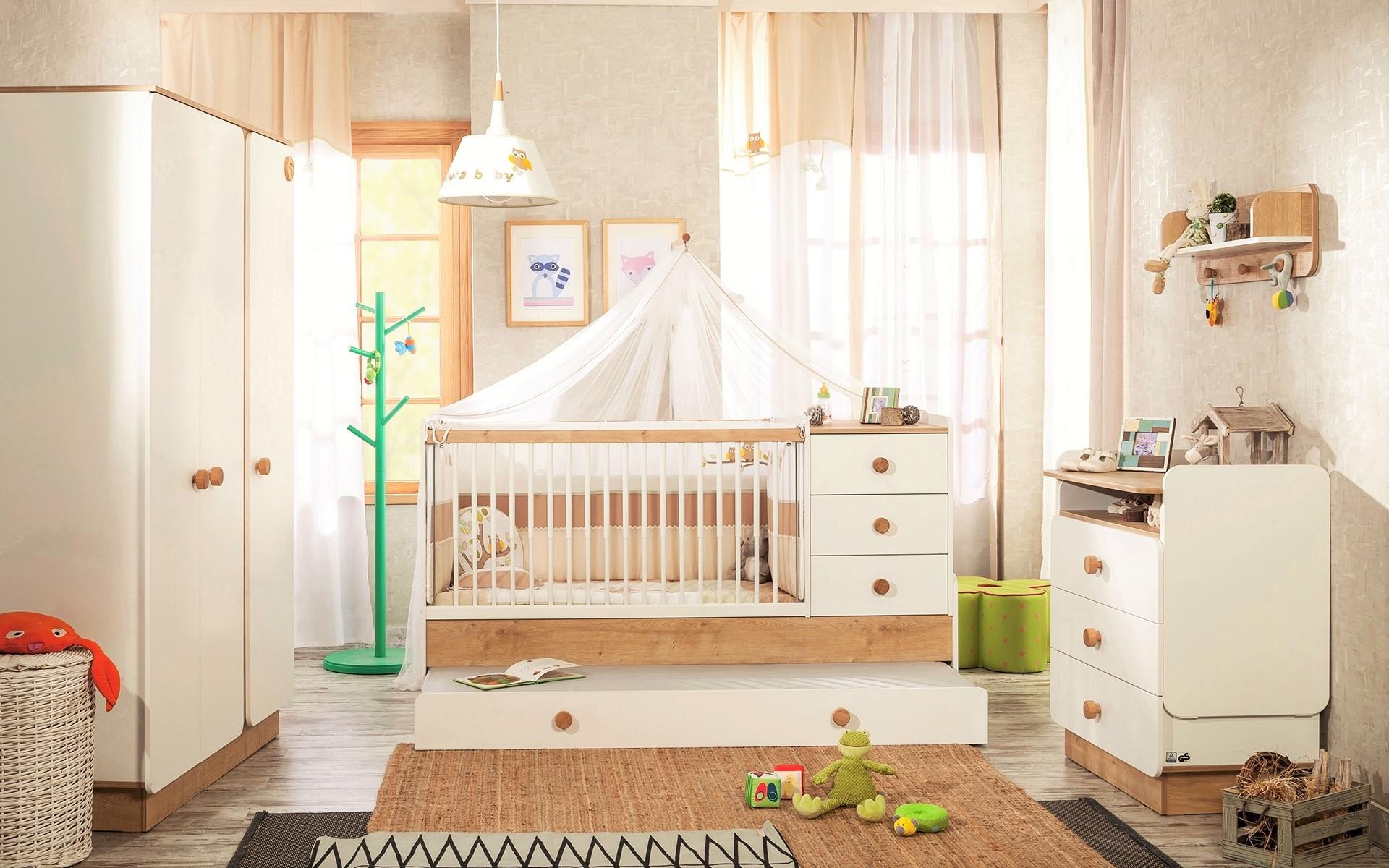 Kamer idee baby indeling - Roze kleine kamer ...