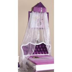 Prinses paars muskietennet voor de kinderkamer