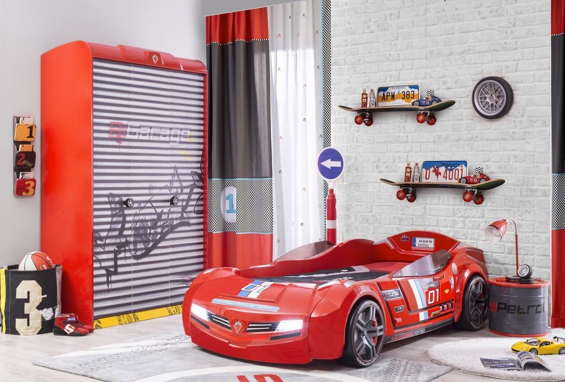 Champion_Racer_autobed_3_deurs_kledingkast_jongenskamer